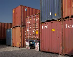 CONTAINERS+TRAILER