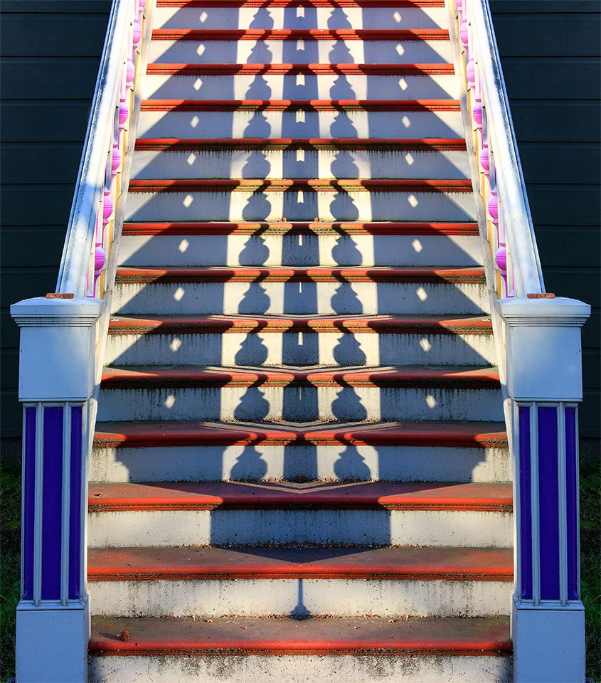 VICTORIAN STAIRS_4b-SATURATION-MIRROR_STRETCH_3x4_IMG_5109.jpg